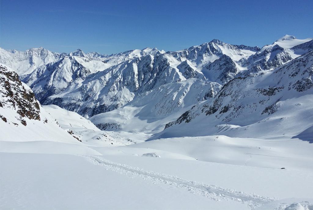 高清冬季雪景雪山冰山冰川山脉自然风景banner背景图
