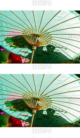 仰拍绘制雨伞