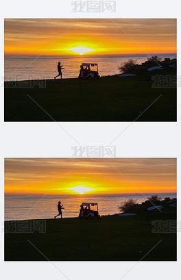 高尔夫球车日落