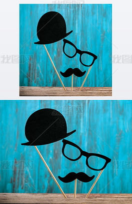照片亭道具帽子, 眼镜, 胡子在绿松石背景